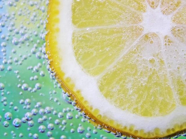 lemon in water close up